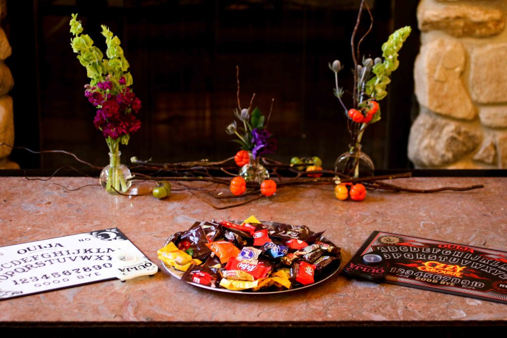halloween wedding, ouija board, wedding activities